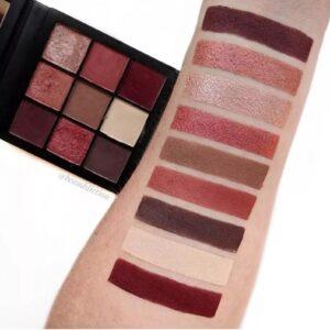 Paletka 9 tenej Huda Beauty Obsessions Palette Mauve 4