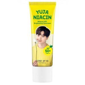 Solntsezashhitnyj krem s niatsinamidom i vitaminnym kompleksom SOME BY MI Yuja Niacin Mineral 100 Brightening Suncream SPF50 PA 1
