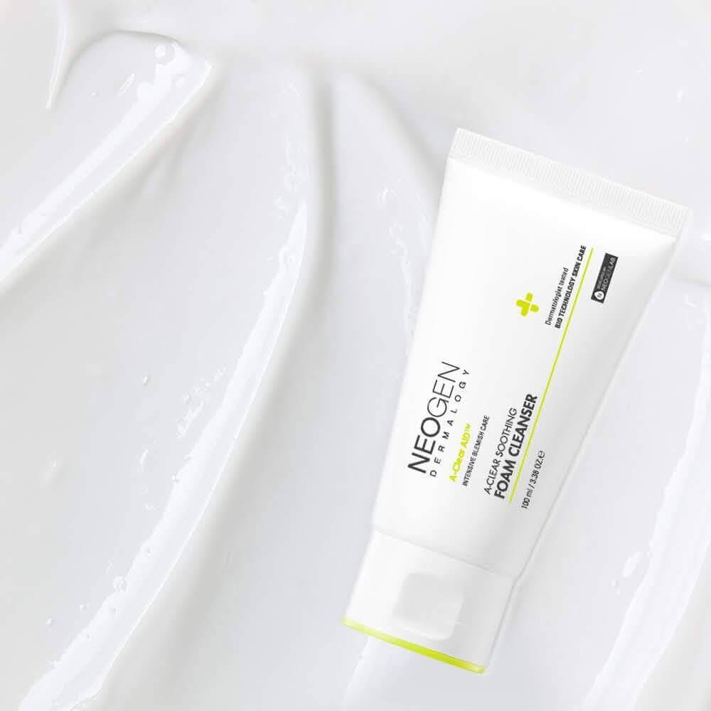 Пінка для проблемної шкіри Neogen Dermatology A-Clear Aid Soothing Foam Cleanser
